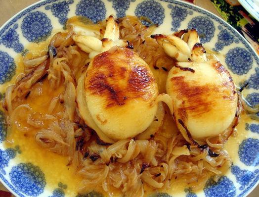 Ricetta seppie ripiene al forno in padella col sugo e for Cucinare seppie