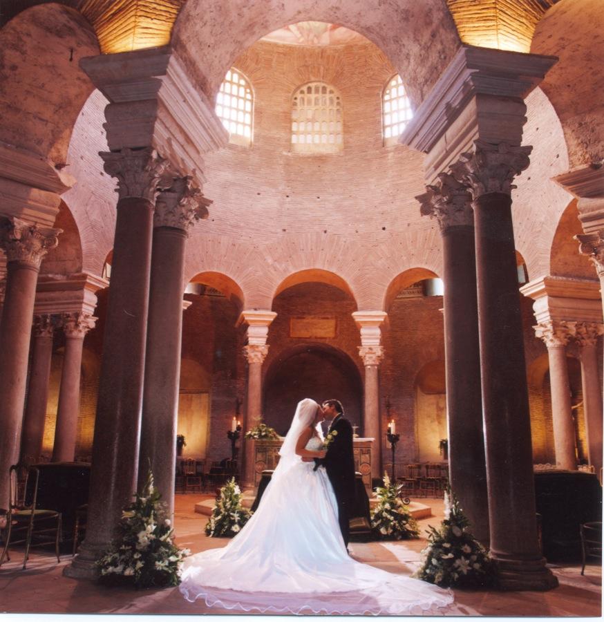Matrimonio In Chiesa Vale Anche Civilmente : Chiese per matrimoni a roma e milano quale scegliere