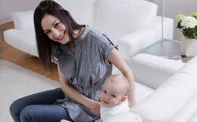 ragazza madre