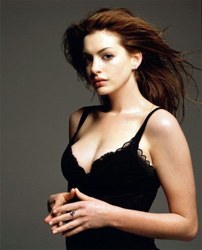 anne-hathaway-lancome