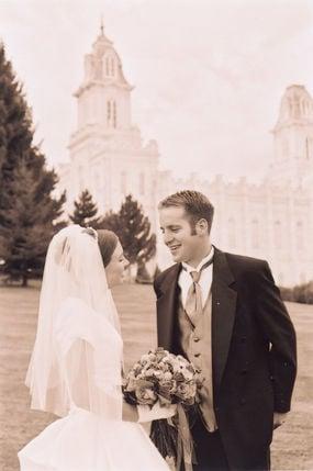 Bomboniere Matrimonio Wikipedia.Suggerimenti Da Seguire Quando Lo Sposo E Piu Basso Della Sposa
