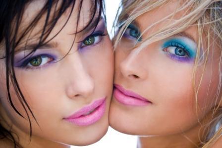 trucco-occhi-azzurri-colori-pastello