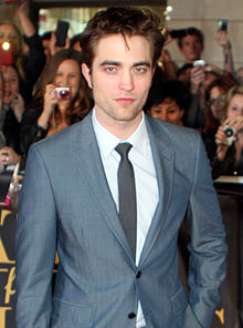220px-Robert_Pattinson_2011