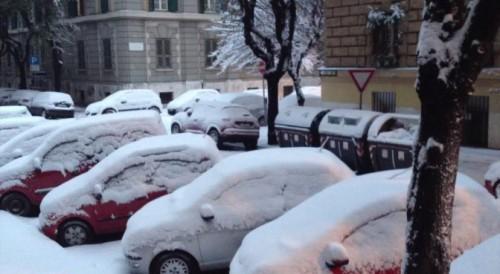 SCUOLE CHIUSE ROMA, si prosegue anche domani 8 febbraio 2012? | Donna