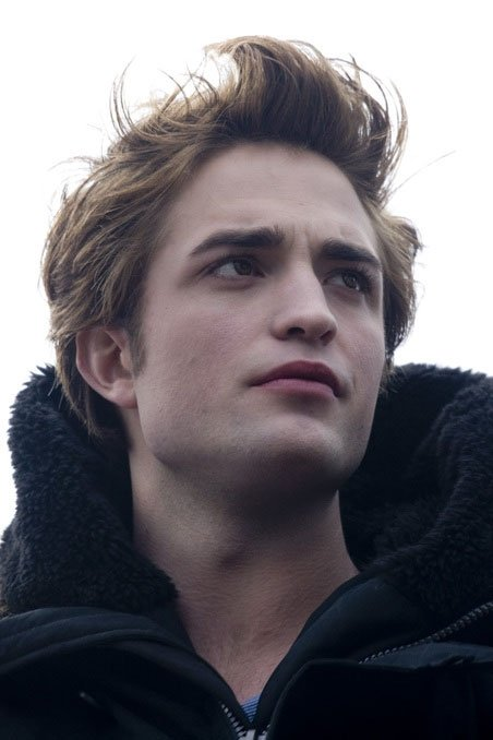 robert-pattinson-e-edward-cullen-nel-film-twilight-80730