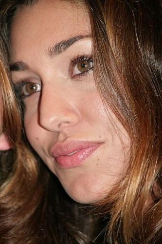 Belen Rodriguez Twitter e Facebook addio