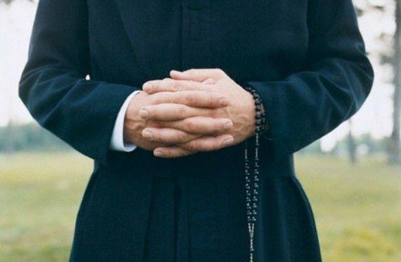 Matrimonio e Sacerdozio: il Papa chiude