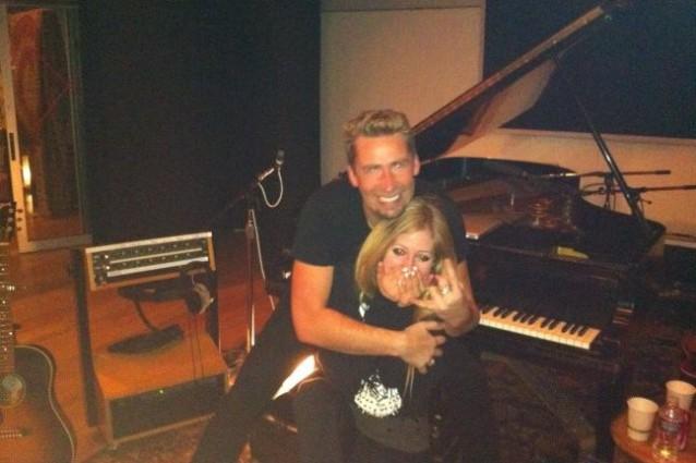 Avril-Lavigne-conferma-il-matrimonio-con-Chad-Kroeger-638x425