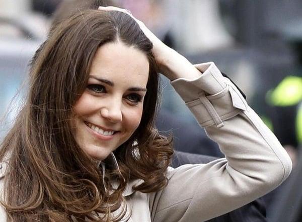 Kate Middleton in topless divide il mondo