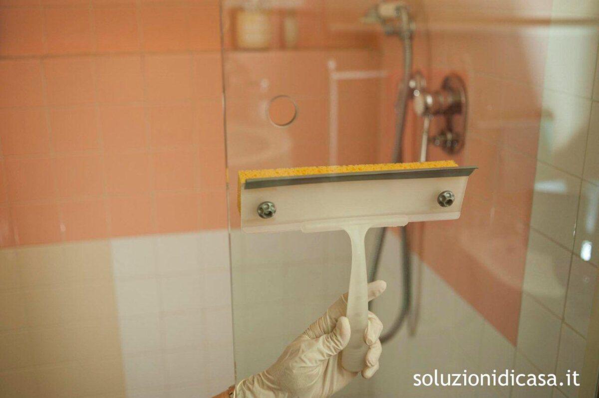 Pulizie di casa: come pulire la doccia