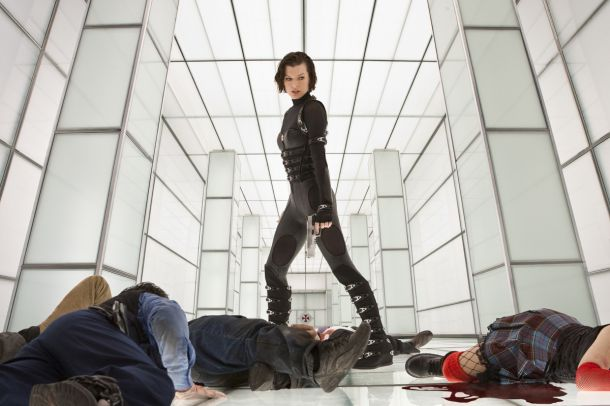 resident-evil-retribution-1153_01025_rv2-610x406