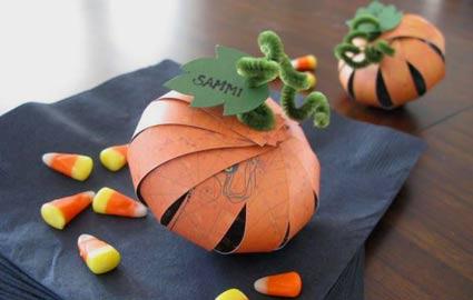 Lavoretti di Halloween con la carta: 3 idee originali