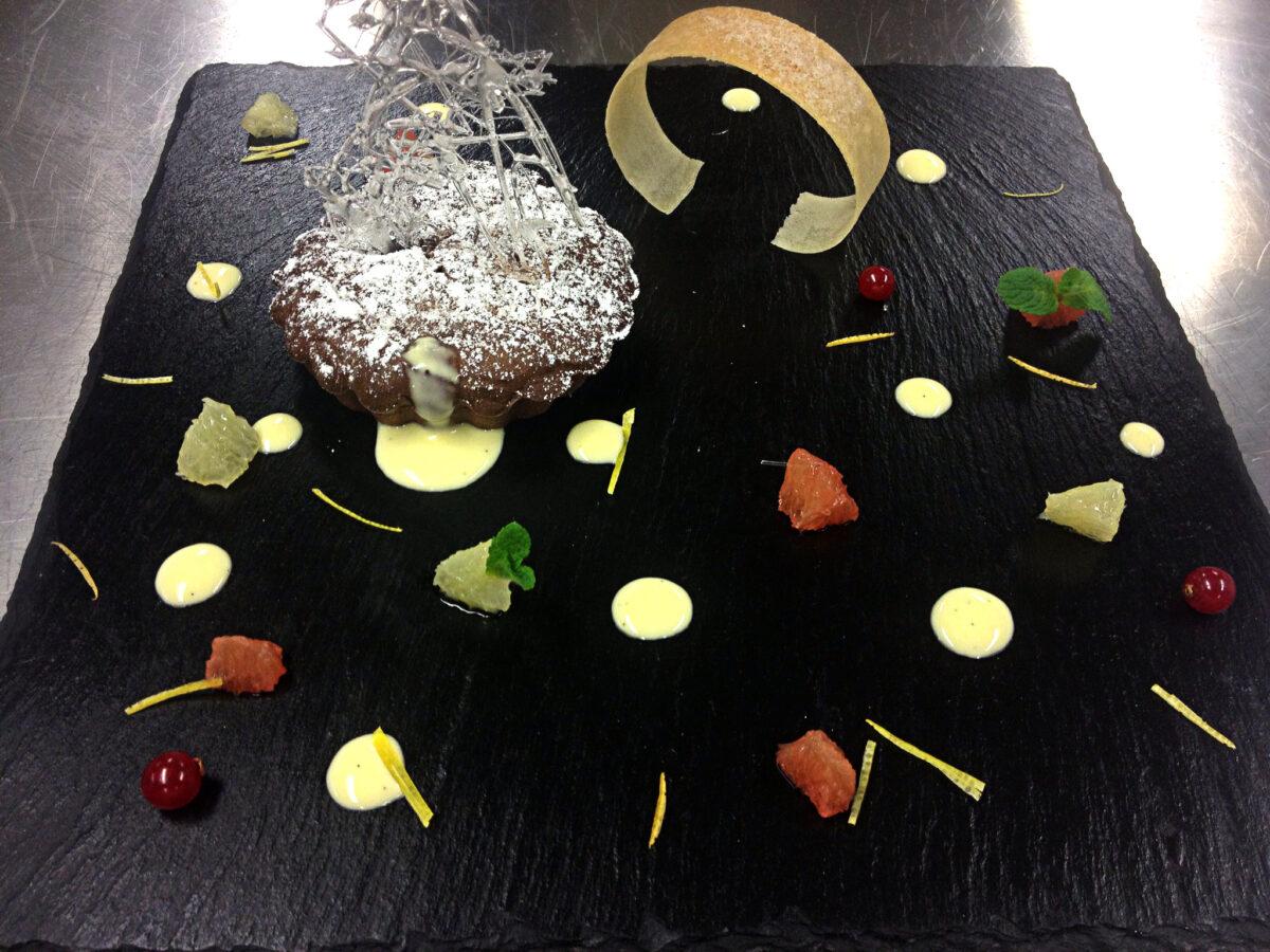 Tortino al cioccolato e  crema di pompelmo Jaffa