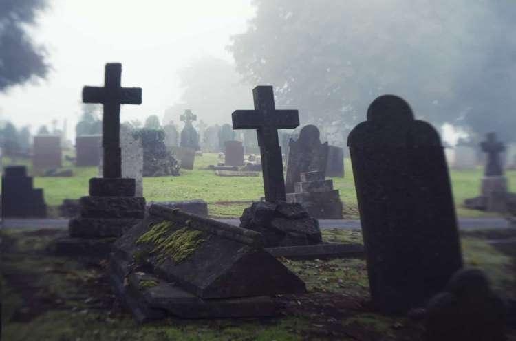 fantasmi cimiteri