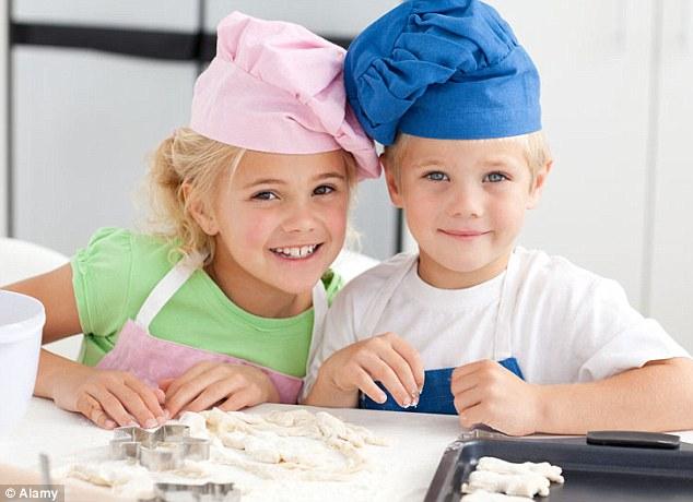 8 modi per insegnare al bambino a cucinare