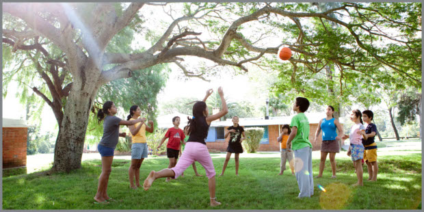 proteggere-i-bambini-da-sole-e-caldo-57534