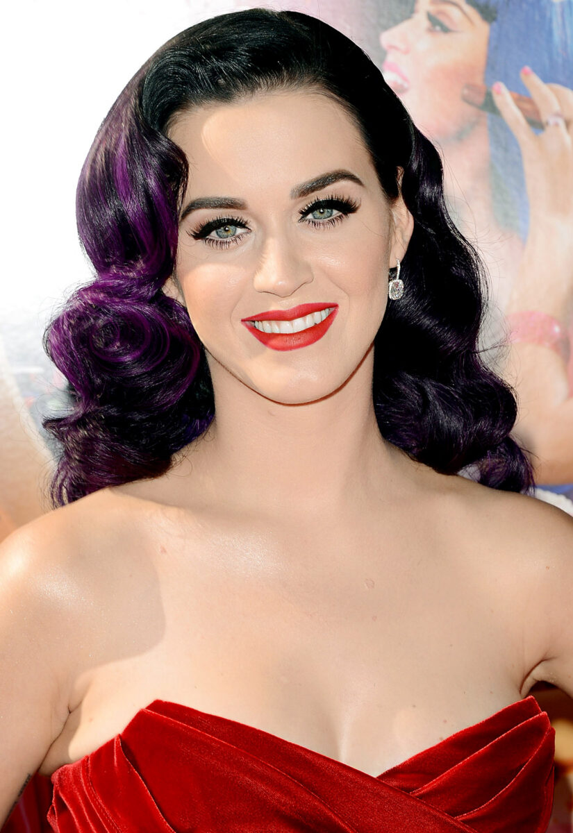 1340809648_katy-perry-zoom