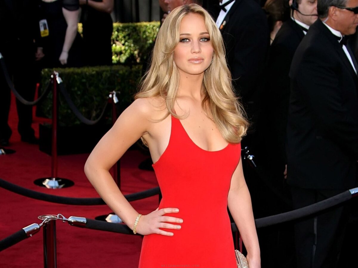 Jennifer Lawrence critica Miley Cyrus