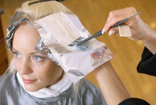 La tinta per i capelli durante la gravidanza e l'allattamento