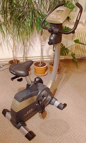 360px-Stationary_bicycle