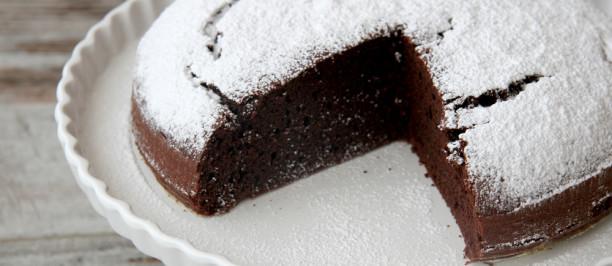torta_al_cioccolato2-612x266