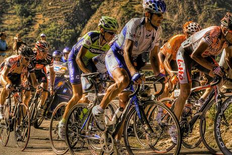 Abbigliamento ciclismo personalizzato: i migliori marchi sul mercato