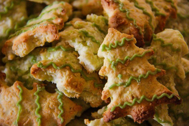 Dolci di Natale per bambini: biscotti a forma di albero