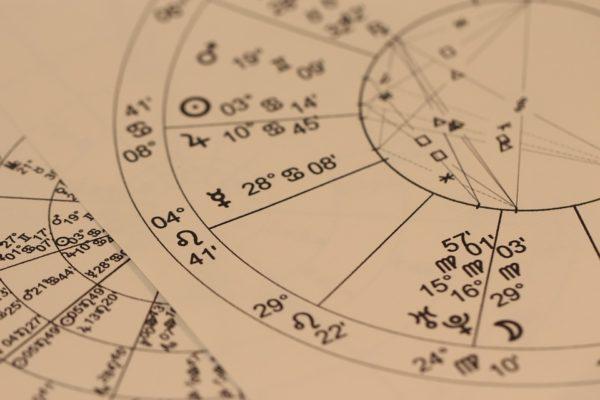 astrology-993127-960-720
