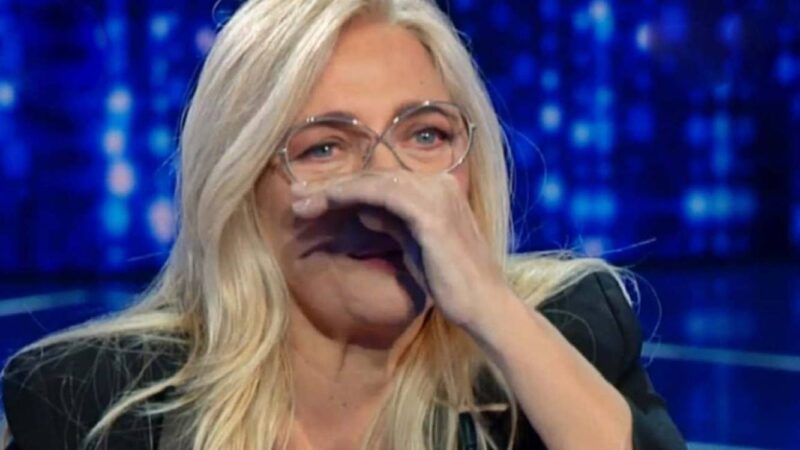 Domenica In: Mara Venier in lacrime