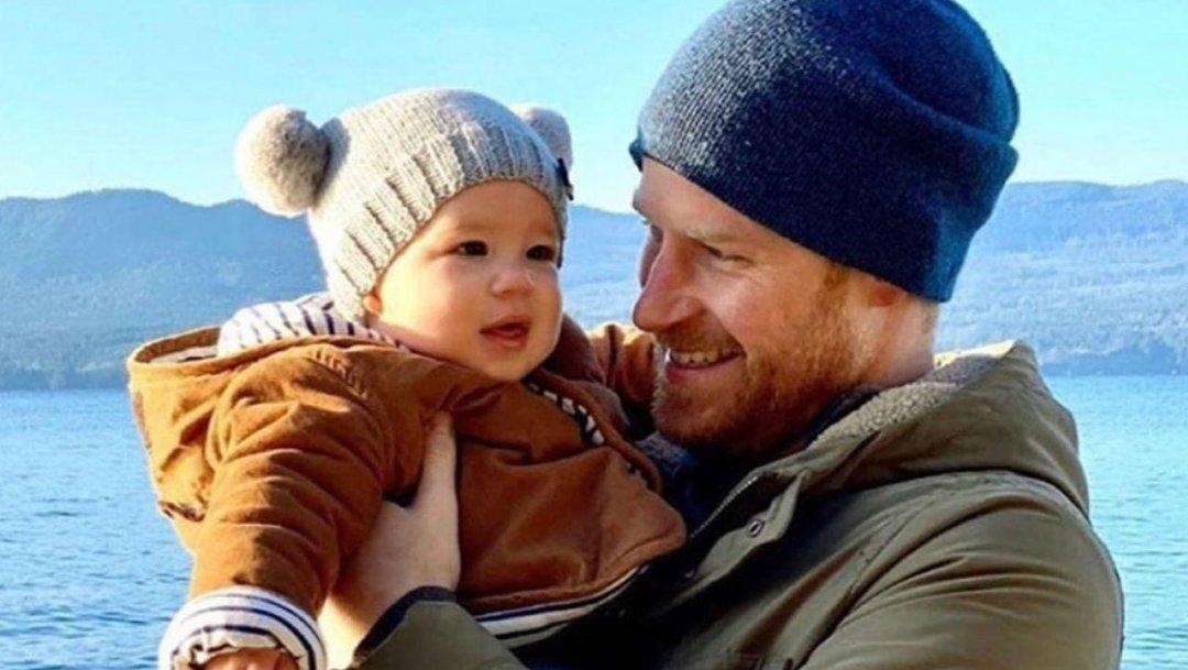 l-isolamento-del-principe-harry-avere-un-bambino-di-11-mesi-e-abbastanza-C-1-article-11580-1-paragraph-image@3