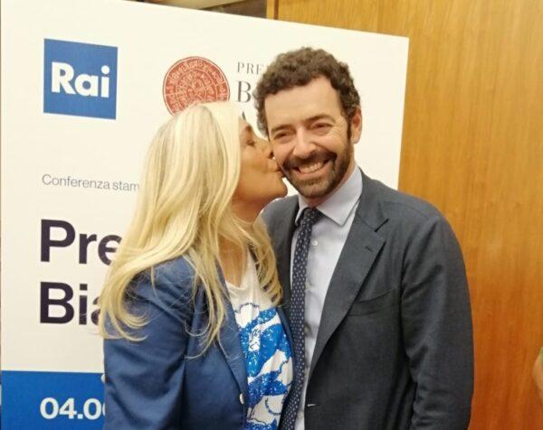 Mara-Venier-e-Alberto-Matano-Premio-Agnes-e1559744976687