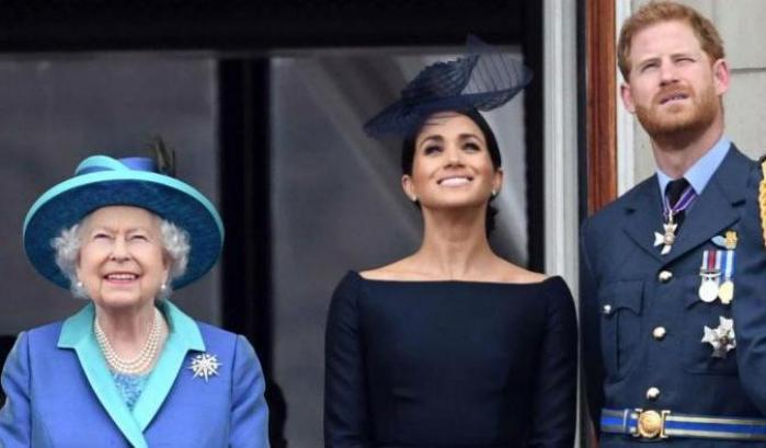 Mattino 5: Il 2020 della Regina Elisabetta, tra Brexit e Megxit