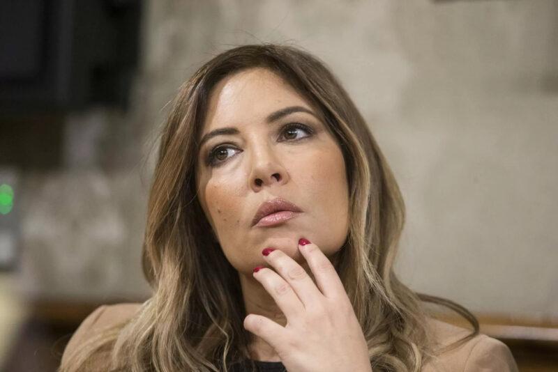 Selvaggia Lucarelli: collage sui social di tutti gli insulti ricevuti