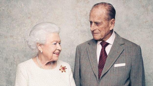 Reali, Principe Filippo: perché si trova in ospedale?