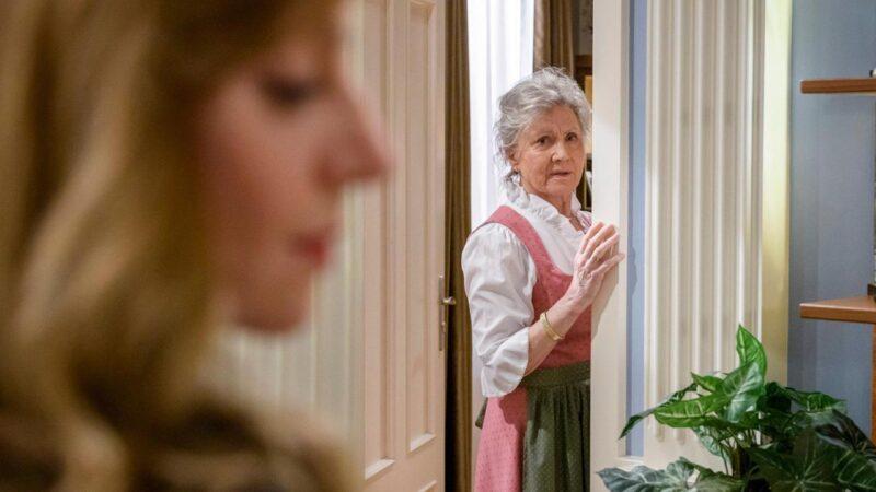 Tempesta d'amore anticipazioni oggi 11 Maggio: Hildegard sta per impazzire