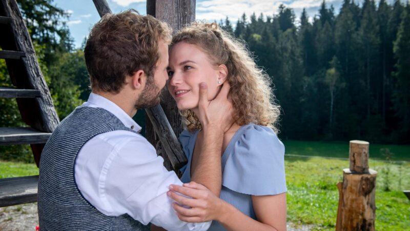 Tempesta d'amore anticipazioni oggi 12 Giugno, Maja bacia Florian: lui si rifiuta