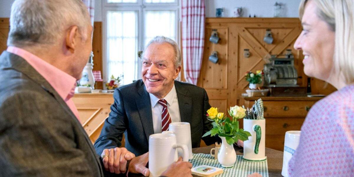 Werner-con-Andre-e-Leentje-Tempesta-damore-©-ARD-Christof-Arnold