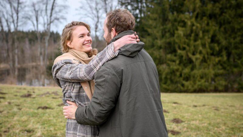 Tempesta d'amore anticipazioni oggi 23 Luglio: Maja e Florian: amore a vicenda
