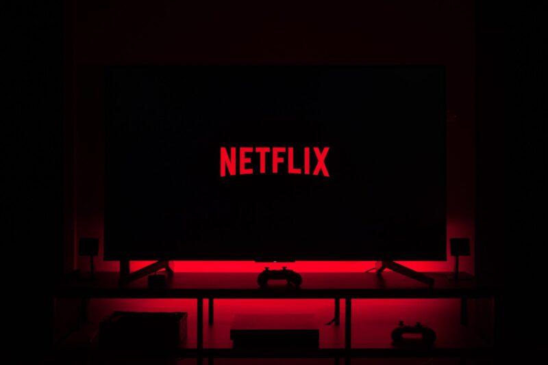 Netflix: aumenta il prezzo dell'abbonamento